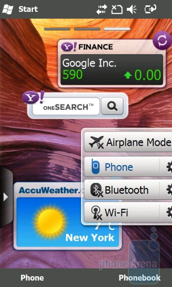 The three home screen pages of the Samsung OmniaPRO B7610 - Samsung OmniaPRO B7610 Review