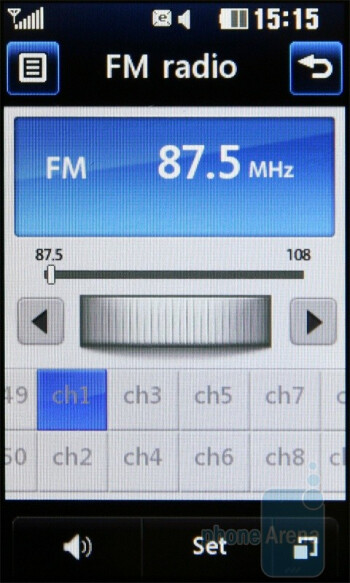 The music player and the FM Radio - LG Pop GD510 Review