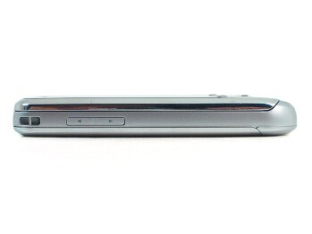 The left and right sides of the LG Shine II GD710 - LG Shine II GD710 Review