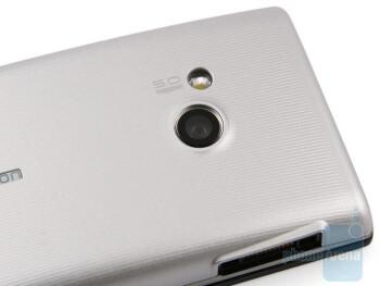Sony Ericsson Hazel - Both models feature 5-megapixel cameras - Sony Ericsson Hazel and Elm Preview