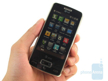 The LG eXpo GW820 is not too bulky looking - LG eXpo GW820 Review