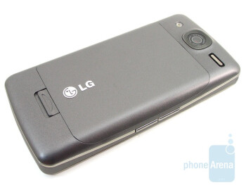 The LG eXpo GW820 has a 4 row QWERTY keyboard - LG eXpo GW820 Review