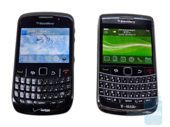"Both the Curve 8530 (left) and Bold 9700 (right) feature a 2.4"" display - RIM BlackBerry Bold 9700 and Curve 8530: side by side"