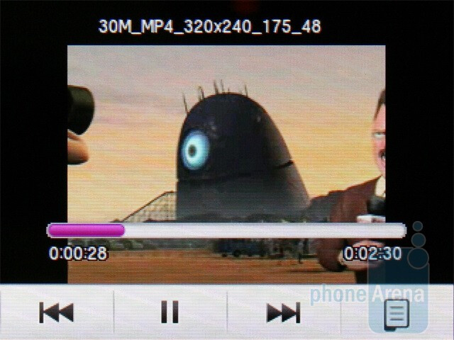 Video in landscape mode - Samsung Corby S3650 Review