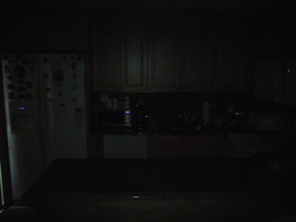 Darkness - Indoor samples - Palm Pixi Plus Review