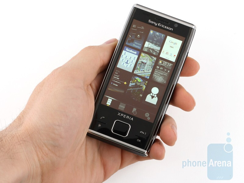 Sony Ericsson Xperia X2 is a truly dainty-looking device - Sony Ericsson Xperia X2 Review