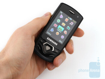 The Samsung Shark 2 S5550 feels really nice in the hand - Samsung Shark 2 S5550 Review