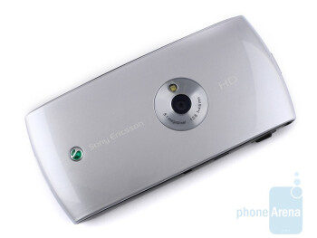 A plastic cover takes up the entire back side of the handset - Sony Ericsson Vivaz Preview
