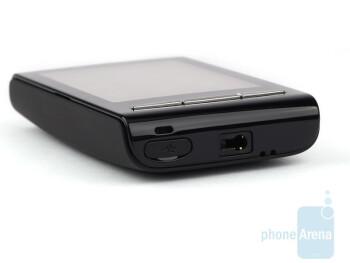 The sides of the Sony Ericsson Xperia X10 mini - Sony Ericsson Xperia X10 mini Preview