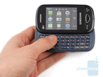 The Samsung Ch@t B3410W looks austere - Samsung Ch@t B3410W Review