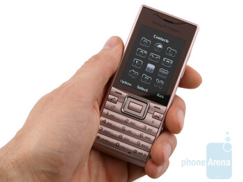 The body of the Sony Ericsson Elm is almost entirely made from recycled plastic that doesn't feel cheap and provides a secure grip - Sony Ericsson Elm Review