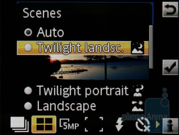 Camera interface - Sony Ericsson Elm Review