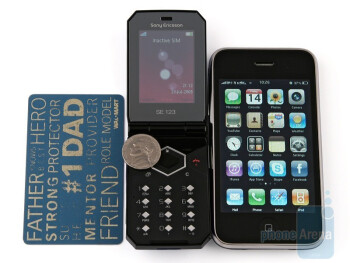 Sony Ericsson Jalou next to the Apple iPhone 3G - Sony Ericsson Jalou Review