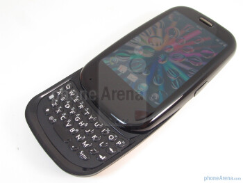 The 4-row QWERTY keyboard of the Palm Pre Plus - Palm Pre Plus for AT&T Review