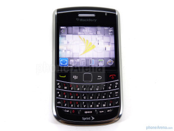 The sides of the RIM BlackBerry Bold 9650 - RIM BlackBerry Bold 9650 Review