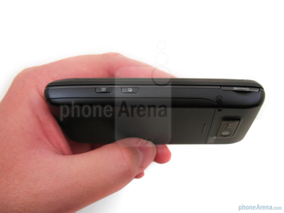 The sides of LG Fathom VS750 - LG Fathom VS750 Review
