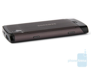 The sides of the Samsung Wave S8500 - Samsung Wave S8500 Review