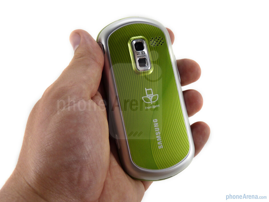 The Samsung Restore M570 is the smallest and the lightest of the side-sliding M5xx devices - Samsung Restore M570 Review
