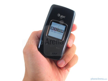 The Pantech Breeze II P2000 is fairly well sized and light weight (3.5 oz) - Pantech Breeze II P2000 Review