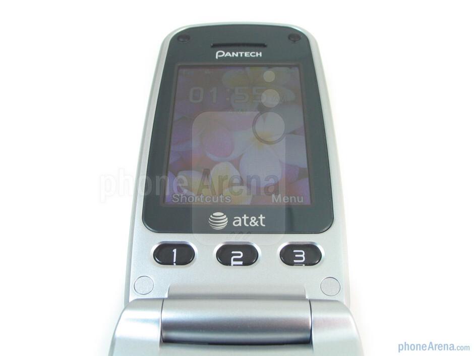 """The 2.2"""" QVGA display - Pantech Breeze II P2000 Review"""