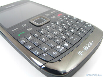 Fingers will be able to easily differentiate the QWERTY buttons because they're bubbled - Nokia E73 Mode Review