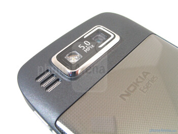 Camera with LED flash on the back - Removing the stainless steel back cover provides you access to the battery compartment and SIM card slot - Nokia E73 Mode Review