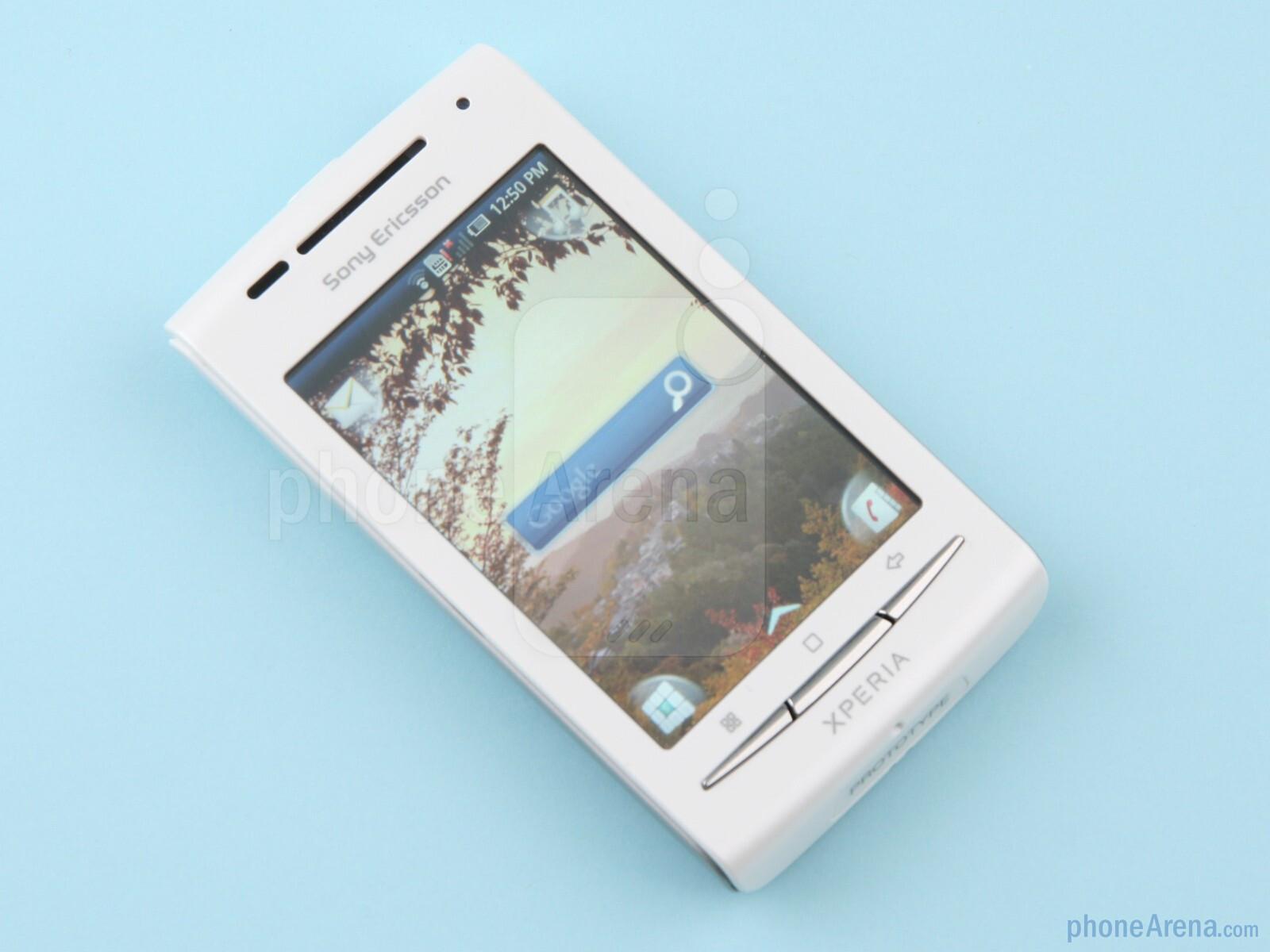 Sony Ericsson Xperia X8 Превю