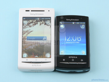 Sony Ericsson Xperia X8 next to the X10 mini pro - Sony Ericsson Xperia X8 Preview