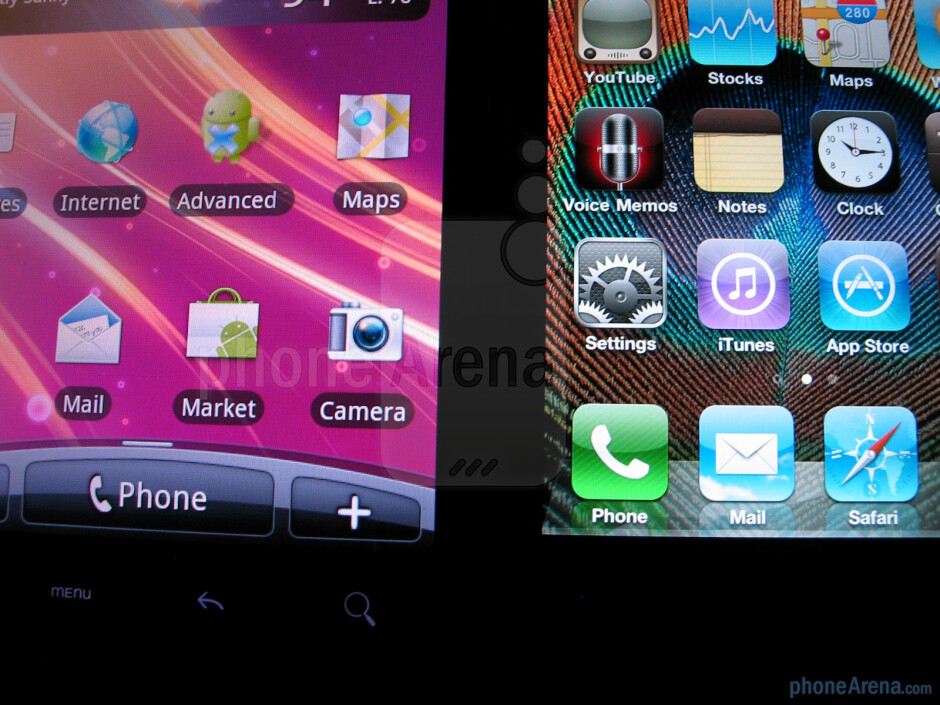 The displays of HTC EVO 4G (L) and Apple iPhone 4 (R) - Apple iPhone 4 vs. HTC EVO 4G: side by side