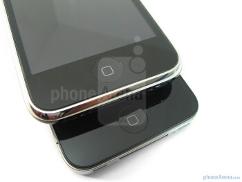 The Apple iPhone 4 (right, down) and the Apple iPhone 3GS (left, up) - Apple iPhone 4 vs. iPhone 3GS: side by side