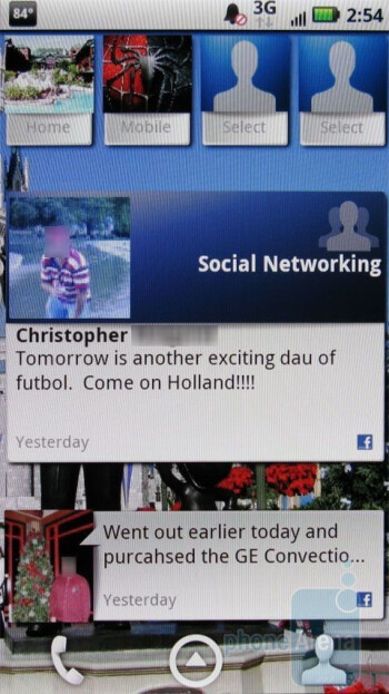 Motorola DROID X - Social networking - Motorola DROID X vs. HTC Droid Incredible