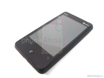 """The HTC Aria offers a respectable 3.2"""" TFT display - HTC Aria Review"""