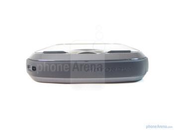 The sides of Motorola i1 - Motorola i1 Review