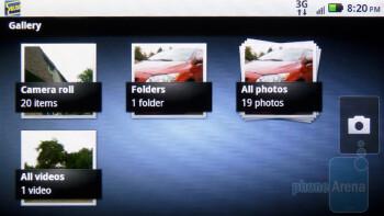 The Gallery app of Motorola DROID 2 - Motorola DROID 2 vs RIM BlackBerry Torch 9800