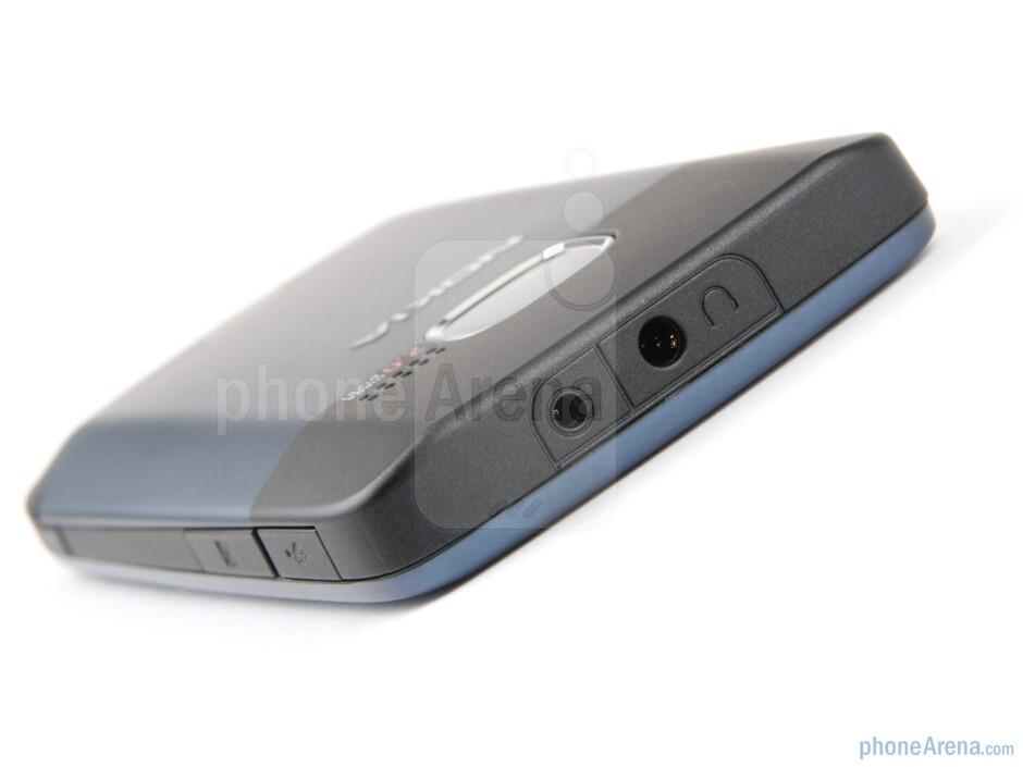 Top - Nokia C3 Review