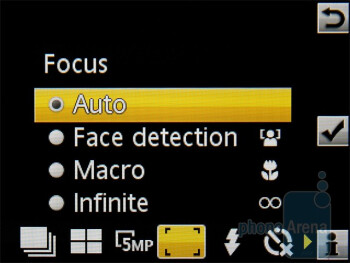 Camera interface - Sony Ericsson Hazel Review