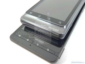 Motorola DROID 2 (up), Motorola DROID X (bellow) - Motorola DROID 2 vs Motorola DROID X