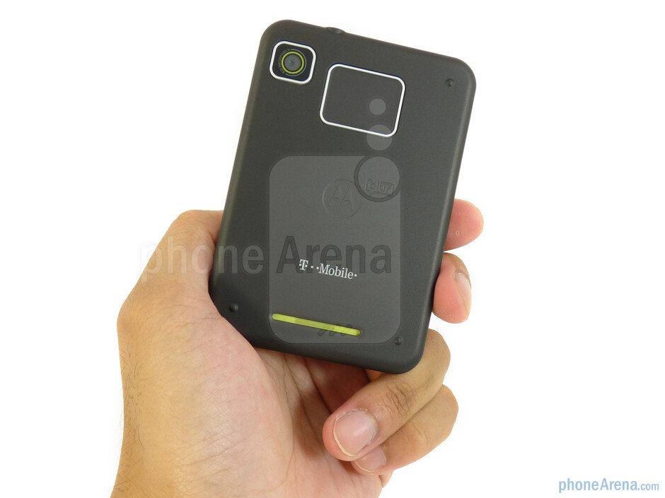 Motorola CHARM feels solidly constructed all around - Motorola CHARM Review