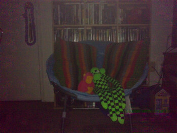 7ft - Darkness with flash - Indoor pictures - Sony Ericsson Vivaz for AT&T Review