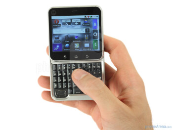 The Motorola FLIPOUT has a a twist-out form-factor and is a little on the thick side at 17mm - Motorola FLIPOUT Review