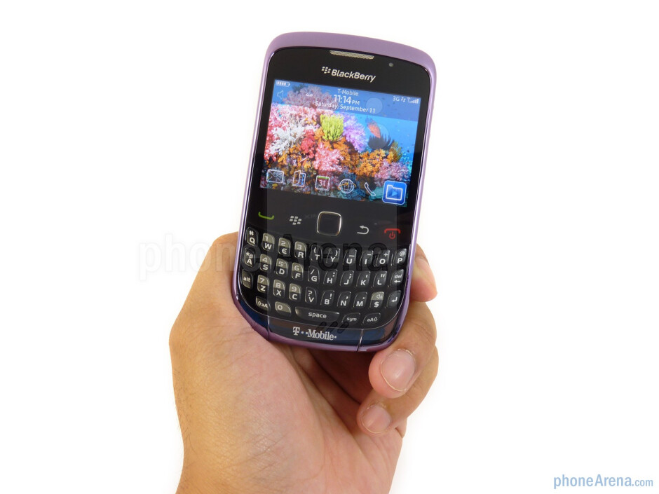 RIM BlackBerry Curve 3G is nearly an exact replica from head to toe with the Curve 8520 - RIM BlackBerry Curve 3G for T-Mobile Review