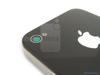 Apple iPhone 4 - Samsung Epic 4G vs Apple iPhone 4 vs Motorola DROID X - the camera comparison