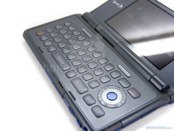 "Flipping the phone open reveals its 2.8"" 400x240 display and its keyboard - Sanyo Innuendo Review"