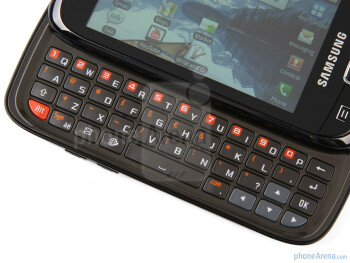 The QWERTY keyboard of the Samsung i5510 - Samsung I5510 Review