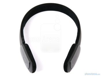 The Jabra Halo is of the binaural DJ style and is so thin, that it looks like you are just using it as a headband - Jabra Halo Review