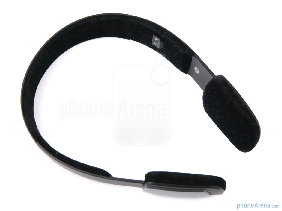 The status lights for charging and Bluetooth are at the right on the inside of the headband - Jabra Halo Review