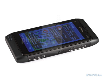 The screen of the Nokia N8 performs exceptionally well - Nokia N8 Review