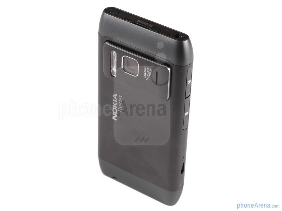 Back - Nokia N8 Review