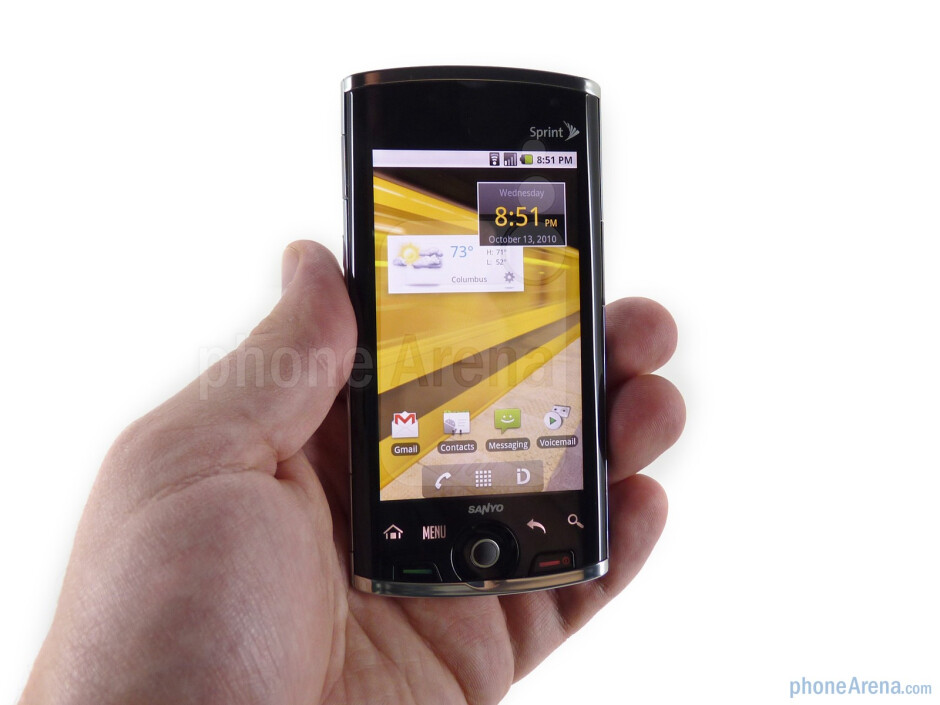 The Sanyo Zio feels incredibly light in the hand - Sanyo Zio Review