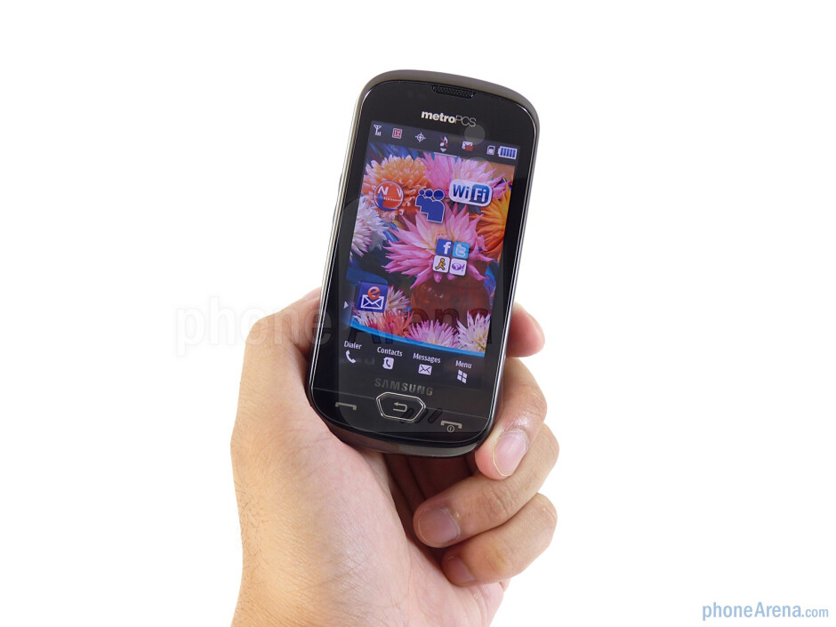 The Samsung Craft is constructed out of glossy plastic and feels rather bulky in the hand - Samsung Craft Review